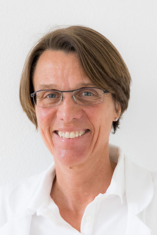 Frau Dr. med. Claudia Hirschi